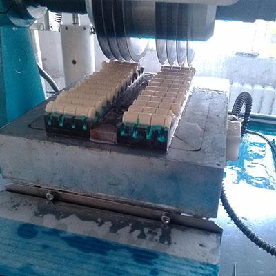自动多刀切割机